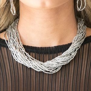 Jewelry - Silver seed bead necklace. NWT.